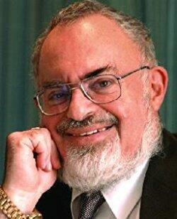 21: Stanton Friedman-UFO's and Aliens