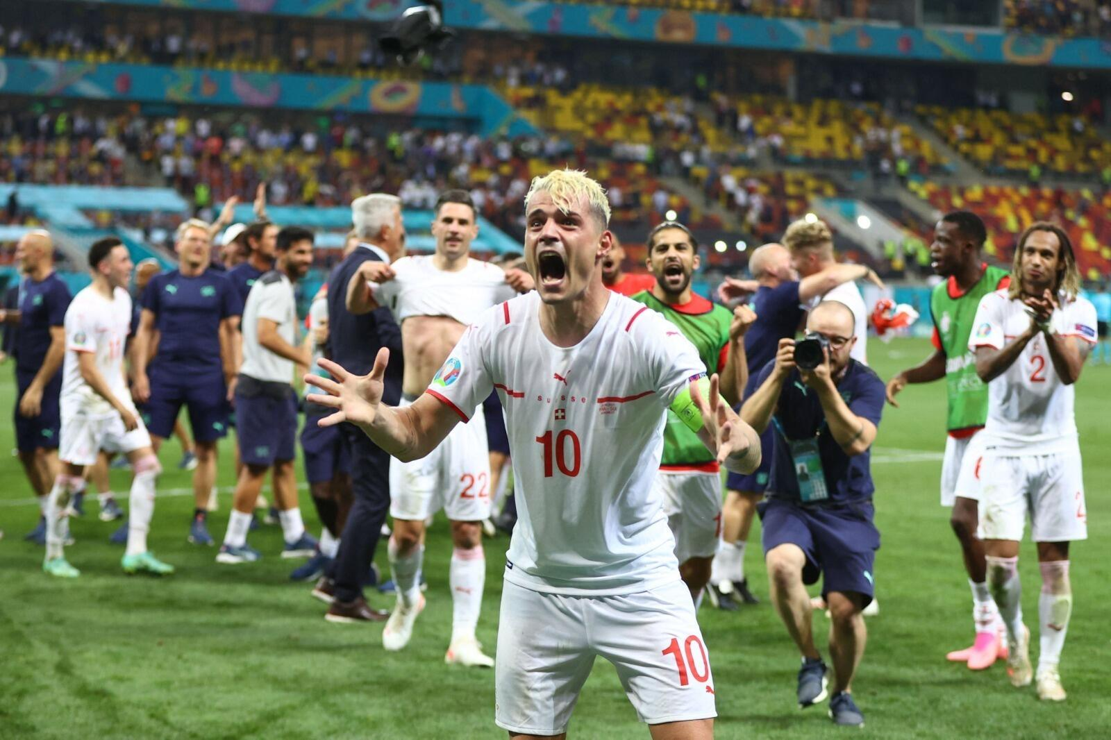 16: Goals galore on thrilling day & England-Germany beckons