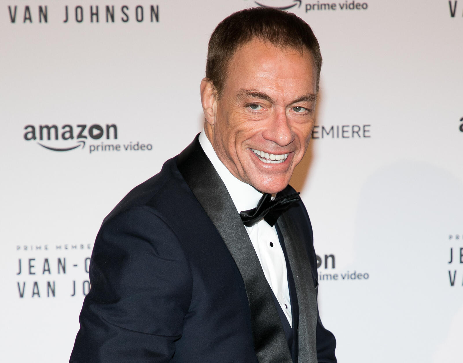 240: 07/30/21 - Jean-Claude Van Damme's Distraction Allowed A JewelryThief to Escape WithMillion s in Jewels in Paris