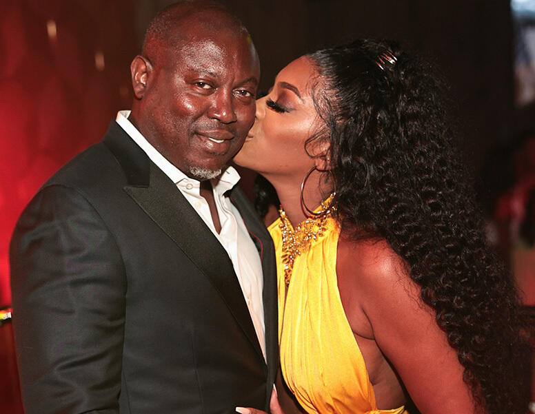 """17: 09/28/21 - """"Crazy In Love!"""" Porsha Williams Gets Emotional After Buying Fiancé Simon Guobadia An Engagement Ring In Vegas"""