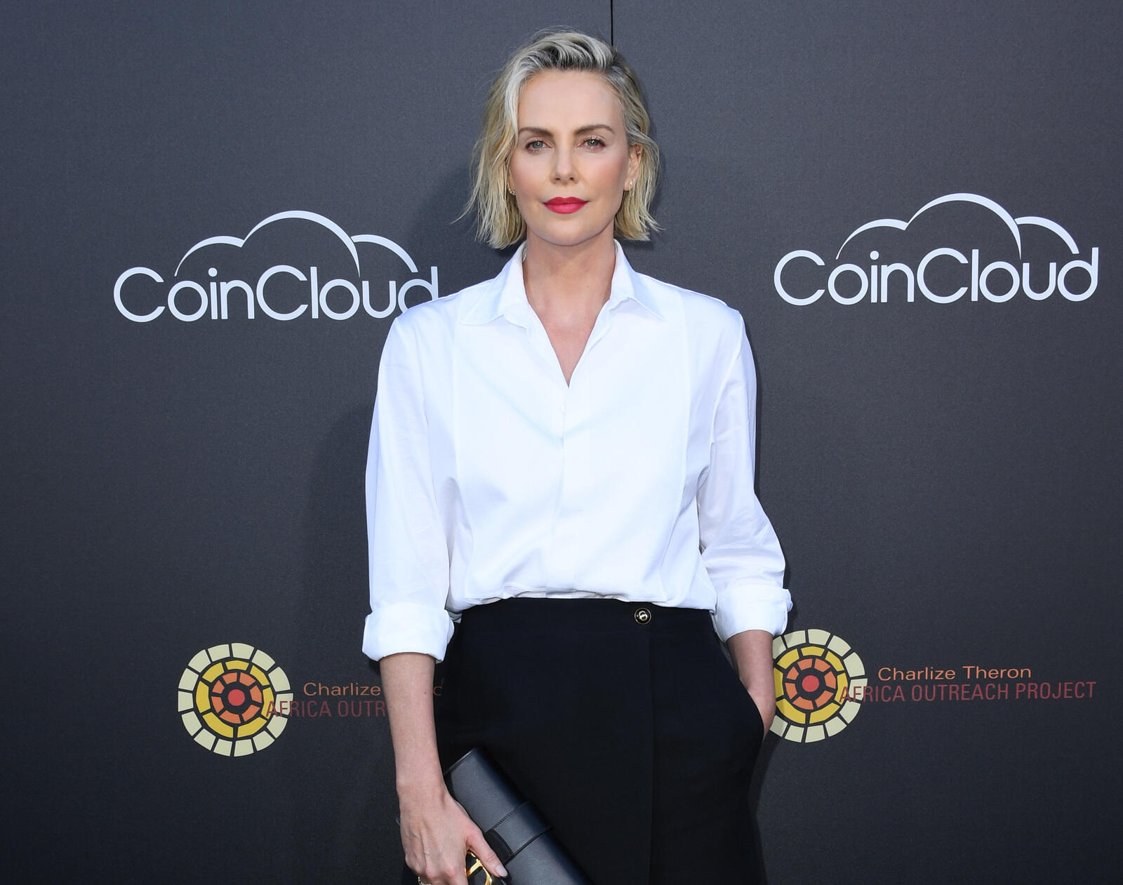 25: 10/08/21 - Charlize Theron Is 'Grateful' For A 'Village Of Strong Black Women' Who Help With Raising Her Daughters: 'They Put Me In My Place'
